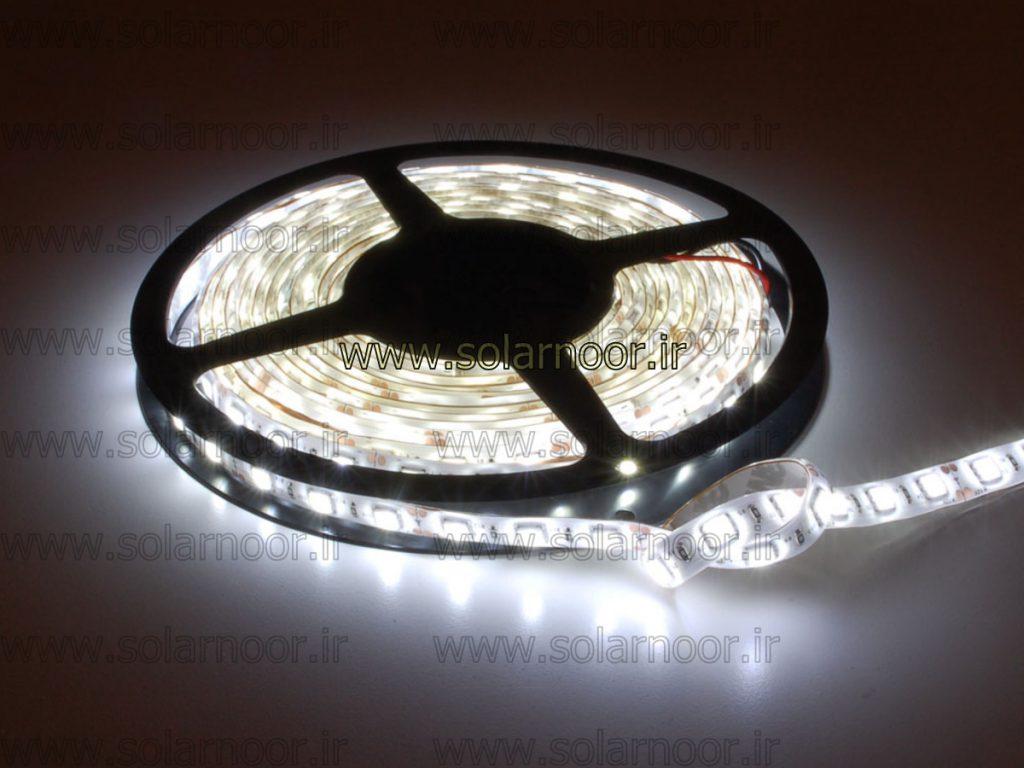 خریداران عمده لامپ ال ای دی یخی جهت اطلاع از انواع مدل های موجود و جدیدترین نمونه ها و نیز اطلاع از بهترین لامپ ال ای دی موجود در بازار می توانند توسط آریانا صنعت داوین اقدام نمایند.